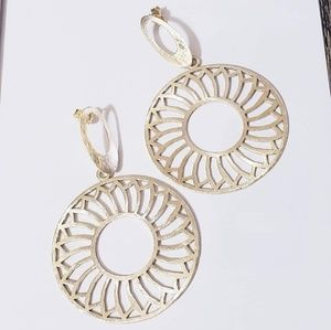 Jewelry - Gold plated statement earrings
